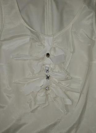 Эффектная и стильная шелковая блузка с коротким рукавом