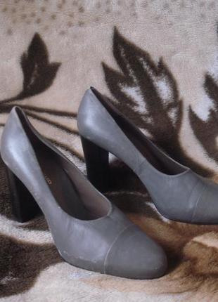 100% кожаные туфли на высоком устойч. каблуке 38 р.6 фото