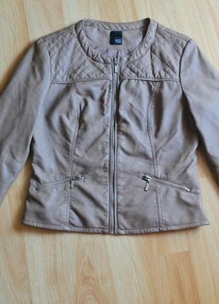 Курточка из эко кожи с воротом в стиле шанель в ромбы