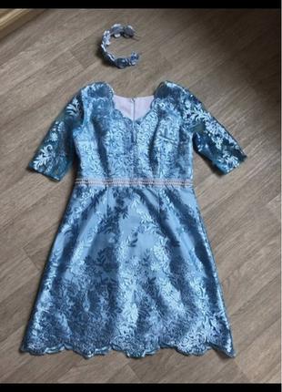 Голубое платье нарядное