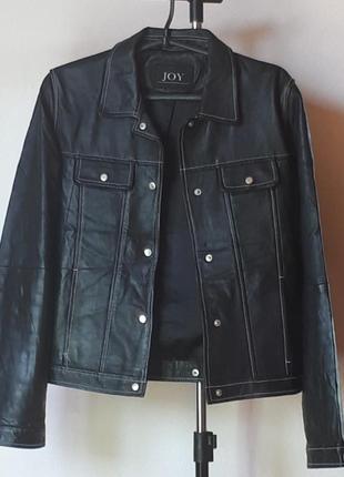 Натуральная кожанная куртка черная