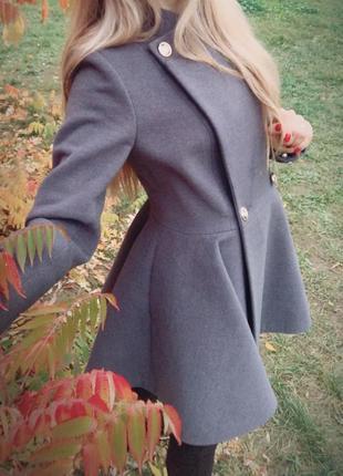Стильное эксклюзив пальто шинель, расклешенный низ колокольчик, кашемир, двубортное