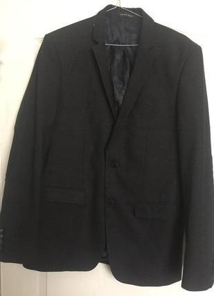 Стильный новый пиджак zara