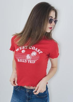 Candy коралловая облегающая укороченная футболка с принтом и отделкой по краю