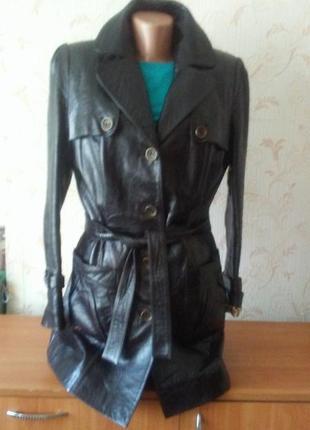 Шикарный качественый  кожаный френч -пиджак. куртка .. натуральная кожа
