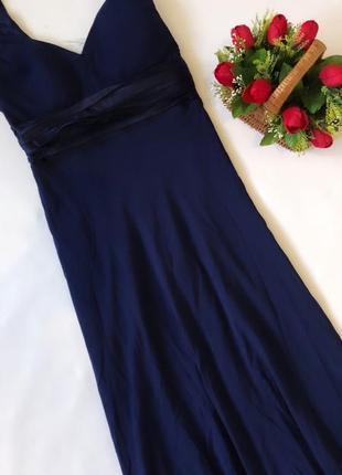 Красивое длинное платье с брошками размер с