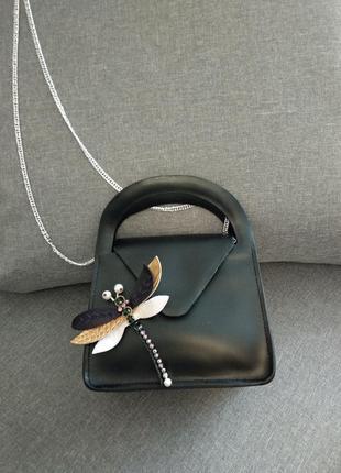 Кожаная сумка со стрекозой на цепочке hand made