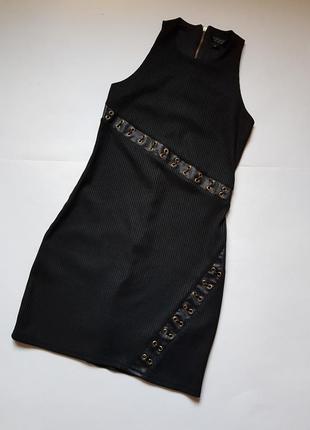 Шикарное черное платье в рубчик с необычной шнуровкой,стильное платье с замком на спине