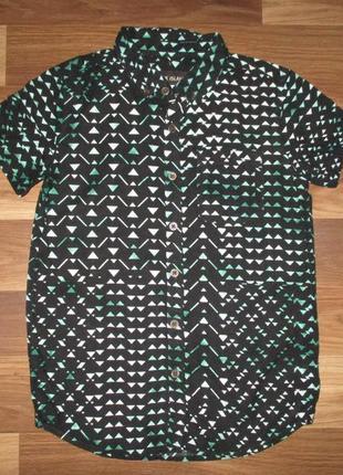 Клевая котоновая рубашечка фирмы river island на 9 лет