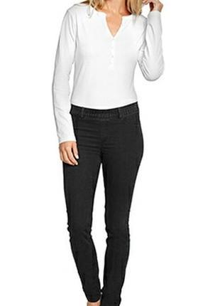 Черные узкие джинсы скинни skinny джеггинсы треггинсы tcm tchibo для беременных