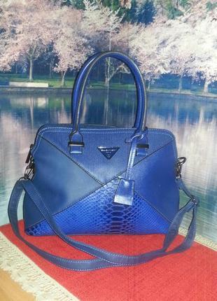 Женственная сумочка от david jones