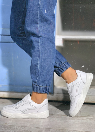 Белые кеды кроссовки на шнуровку летние весенние тренд хит года 2019