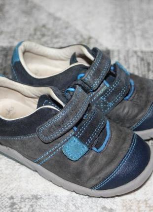 Кожаные туфли clarks размер 6 f на 23