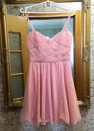 Красивое воздушное платье беби-долл фатин.