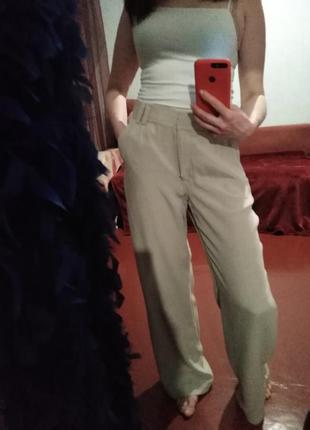 Натуральный шелк, стильные актуальные прямые брюки
