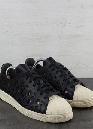 Кроссовки adidas superstar 80s cut out. кожа, с перфорацией. размер 39
