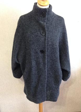 Пальто жен. оверсайз,р.m/l,шерсть,италия