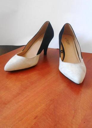 "Модные туфли ""лодочки"" от бренда fiore, р-р 41 код k4135"