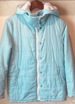 Классная весенняя мятно-голубая куртка