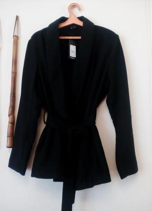 Драпповое пальто,на запах,шикарного качества
