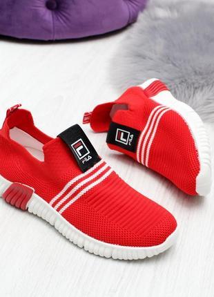 Мягкие текстильные красные женские кроссовки