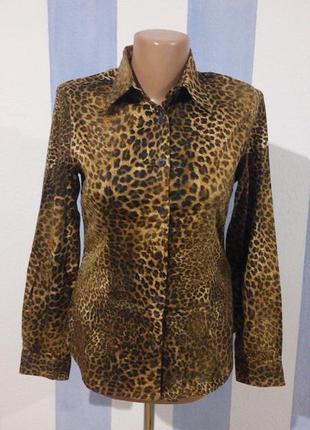 Гарна трикотажна сорочка леопринт iталія