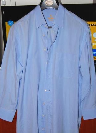 Классная класическая натуральная европейская рубашка, пог 66см.