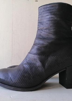 Gidigio кожаные ботинки, ботильоны. италия.