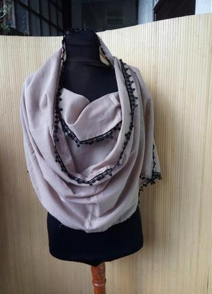 Палантин / шарф с кружевом