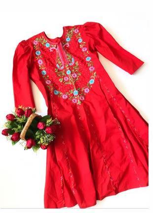 Красное платье вышиванка / с вышивкой