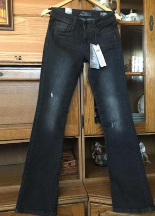 Colin's-черные джинсы внизу легкий клеш