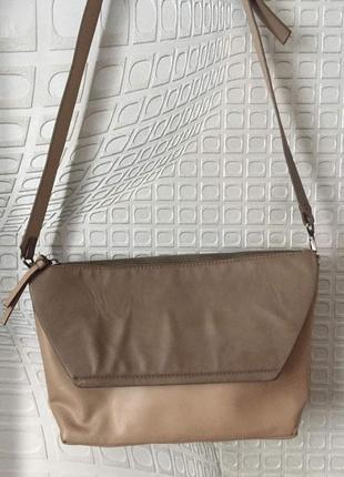Бежевая сумка-кроссбоди на длинной ручке с множеством карманов zara