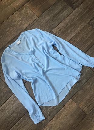 Трендовая блуза голубая, качественая, стан новой. ніжно голуба блуза.