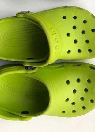 Шлепанцы тапочки crocs