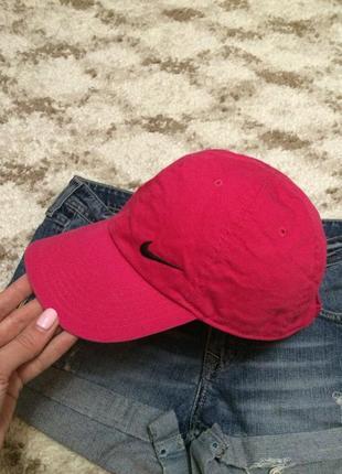 Фирменная яркая кепка nike из натуральной ткани,розовая бейсболка+подарок