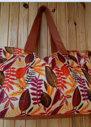Красивая новая сумка орифлейм oriflame