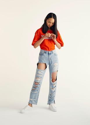 Sale джинсы мом мам mom fit бойфренды рваные pull&bear xs s eur 32