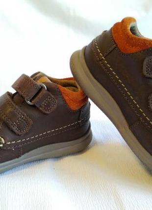 Ботинки детские clarks (размер 20 (uk 5f, eu 21))