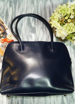 Кожа. практичная деловая сумка средних размеров