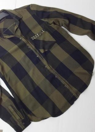 Zara. рубашка из вискозы. мягенькая. м размер.