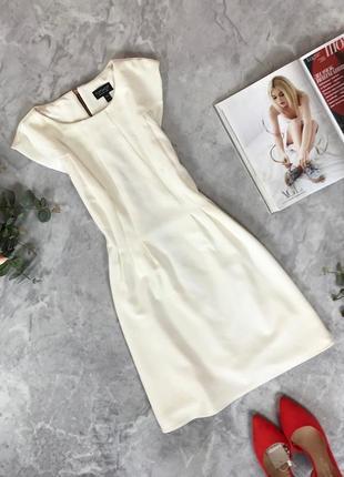 Красивое платье приталенного силуэта  dr1914071 top shop