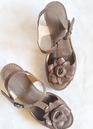 Супер босоножки кожа италия р. 36 туфли сандалии