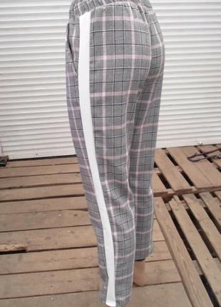 Стильные ,повседневные серые брюки в клетку с лампасами ,англ.длина 3 расцветки  размеры8 фото