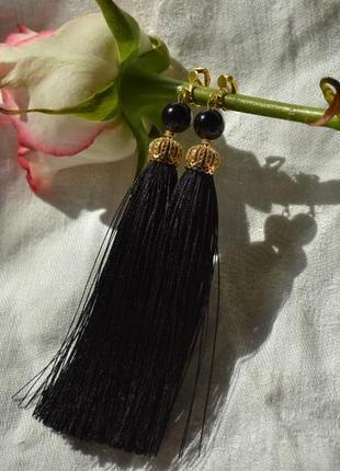 Клипсы - кисти черные с агатом ′елизавета′