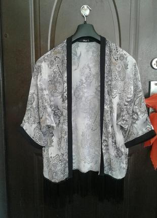 Серая крепдешиновая накидка- кимоно, м.