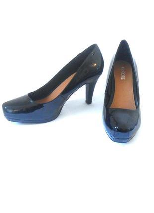 Фирменные лаковые туфли от бренда fiore, р-р 41 код k4150