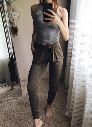 Стильные штанишки цвета хакки_next