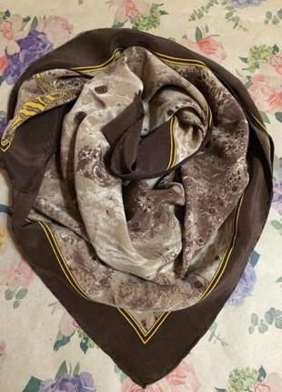 Шелковый платок от trussardi