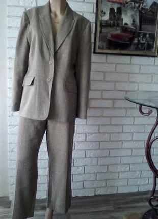 Брючный костюм, пиджак 125 грн. брюки в подарок) 18 р-р