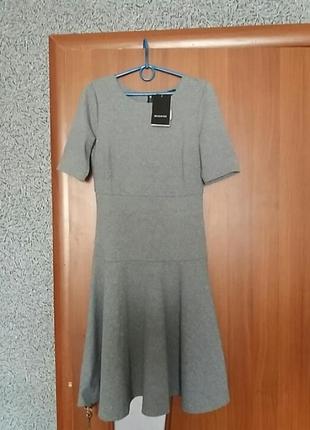 Красивое платье     reserved  размер м